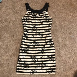 Lilly Pulitzer 2 black and white shift dress!